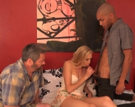 Puttana scopa in video cuckold